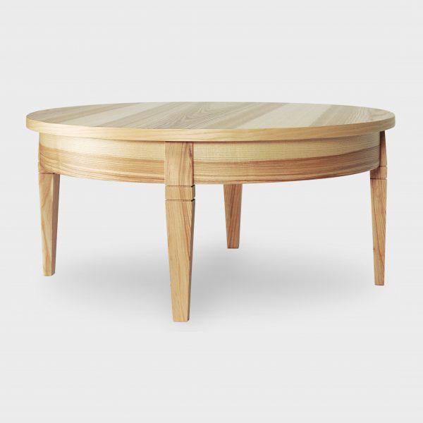 Кофейный круглый столик из массива и шпона