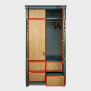 платяного шкафа